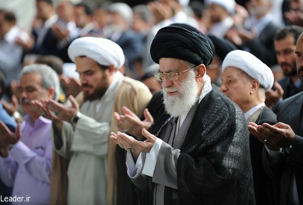 نماز عید سعید فطر به امامت رهبر معظم انقلاب اسلامی اقامه شد