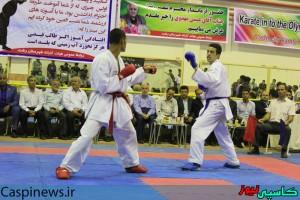 دیدار دوستانه تیم منتخب نوجوانان رشت با تیم ملی کاراته برگزار شد/گزارش تصویری