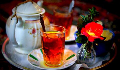 تبلیغات گسترده عامل تغییر ذائقه مردم از چای ایرانی به خارجی