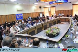 تجلیل فرماندار شهرستان رشت از خبرنگاران/گزارش تصویری