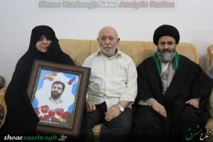 دیدار آیت الله اشکوری با خانواده شهید محمد حسین عطری مدافع حرم حضرت زینب(س)+تصاویر