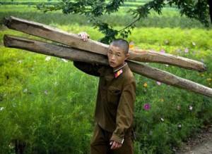 تصاویری توهین آمیز از زندگی مردم کرهشمالی!