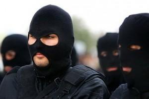 کشف تونل تروریستی در شرق کشور/ ۴۰ نفر دستگیر شدند