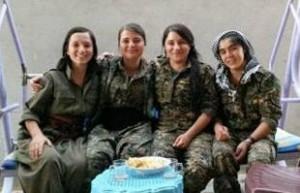 دختران ایزدی در مبارزه با داعش +تصاویر