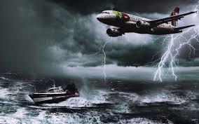 ناپدید شدن هواپیما در مثلث برمودا +عکس