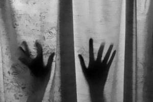 دختر جوان تهرانی با تهدید در خانه ۳ شیطان جلوی دوربین رفت+عکس