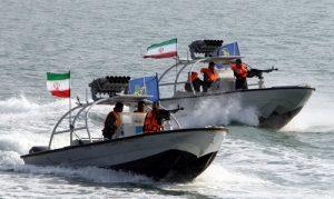 """سپاه """"جزئیات برخورد با شناور آمریکایی در تنگه هرمز"""" را منتشر کرد"""