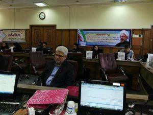 حضور محمد حسن عاقل منش برای ثبت نام در پنجمین دوره انتخابات شورای شهر رشت در فرمانداری رشت