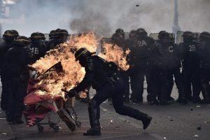 درگیری کارگران و پلیس در روز کارگر
