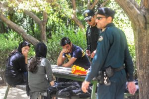 مجازات روزهخواری در ملأ عام در کشورهای عربی