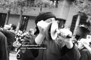 گزارش تصویری ویژه از مراسم نماز ظهر عاشورا هیات روضات الحسین(ع) گلسار