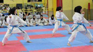 استقبال مردم آستانه اشرفیه از بانوان ملی پوش کاراته کار این شهرستان