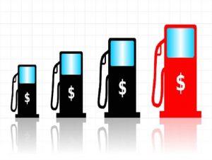 آمادگی دولت برای متعادل کردن قیمت بنزین