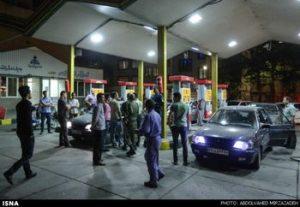 سهمیه بندی بنزین؟ هر نفر ۲۰ لیتر؟