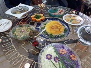 جشنواره غذاهای محلی خبرنگاران در رشت