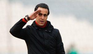 مخالفت مالک باشگاه با استعفای علی کریمی/ سرمربی سپیدرود با قدرت به کارش ادامه میدهد