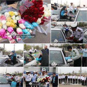 گزارش تصویری اهدای گل و هدیه به اولین مسافران نوروزی ورودی به شهر رشت