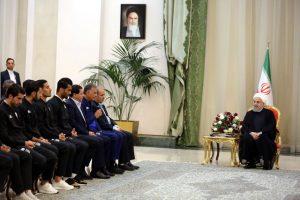 روحانی در دیدار اعضای تیم ملی فوتبال: بازی خوب شما نام ایران را پرافتخارتر میکند