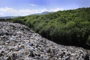 رشت و لاهیجان در صدر جدول بدترین جایگاههای دفن زباله گیلان