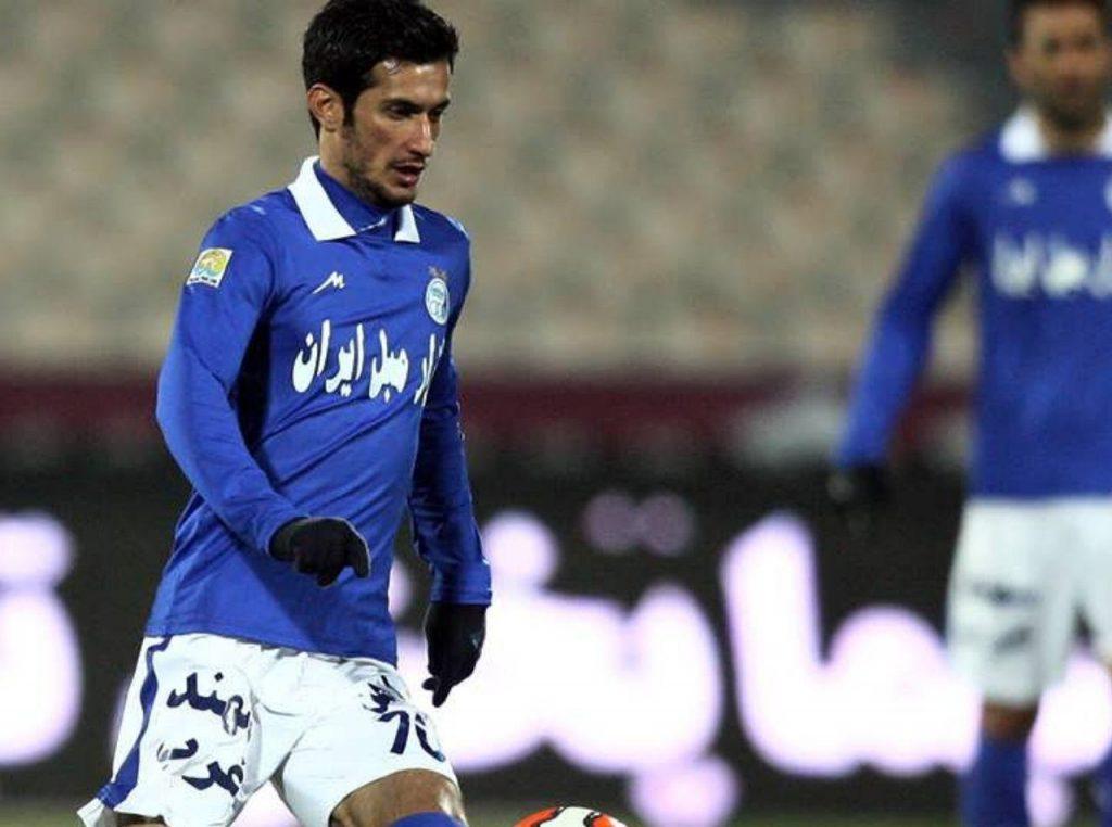 وداع با پیکر فوتبالیست ملی پوش اسبق گیلانی در ورزشگاه شهیدعضدی رشت