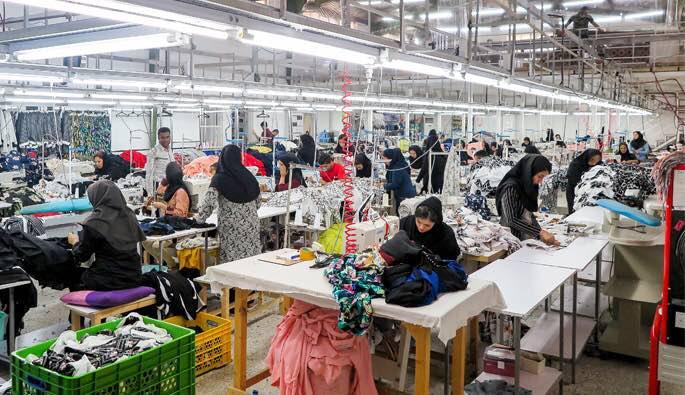 تبدیل منطقه آزاد انزلی به قطب تولید پوشاک کشور