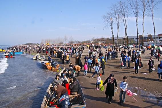 رشد ۲۱ درصدی تعداد گردشگران ورودی به فاز تجارت و گردشگری منطقه آزاد انزلی