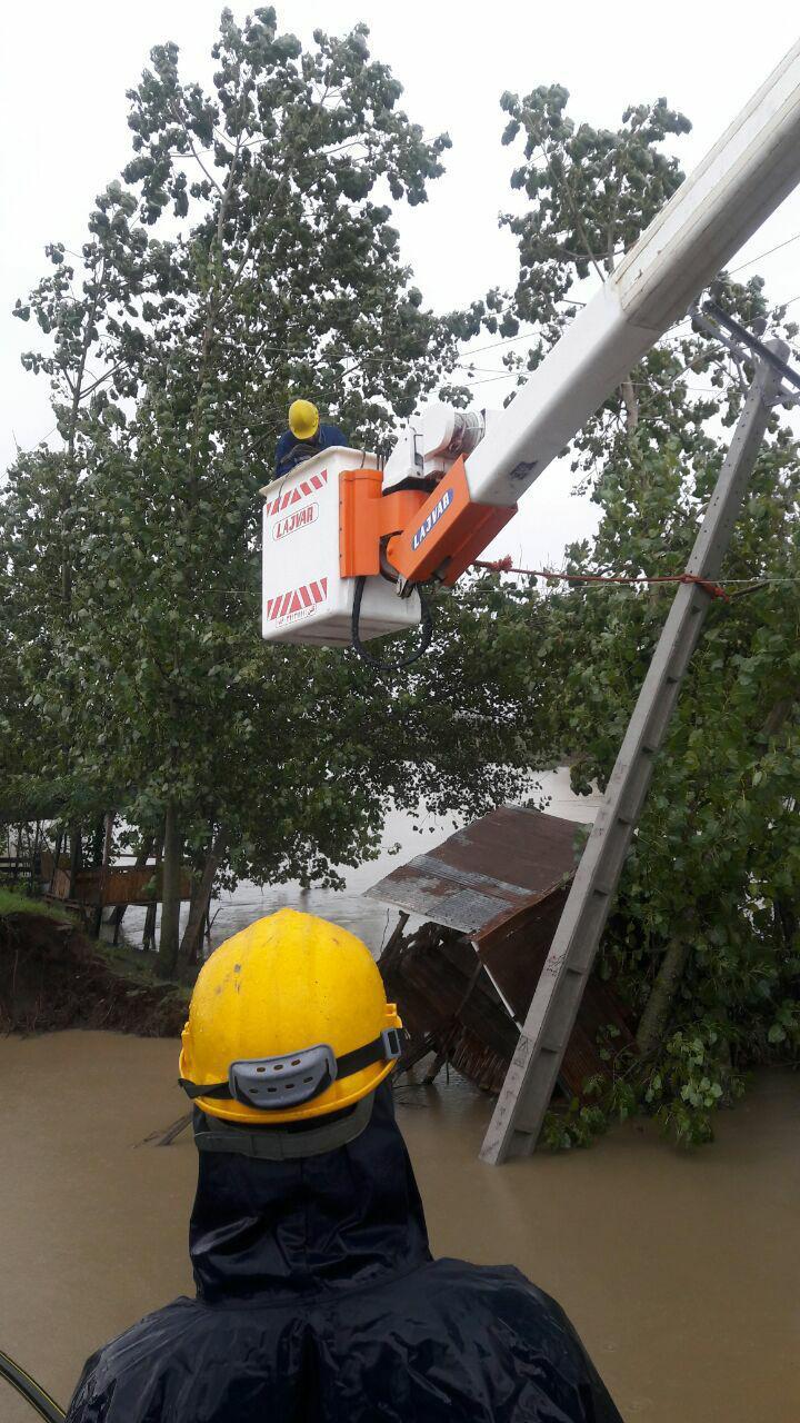 خسارت بیش از ۶ میلیارد تومان به شبکه های توزیع برق