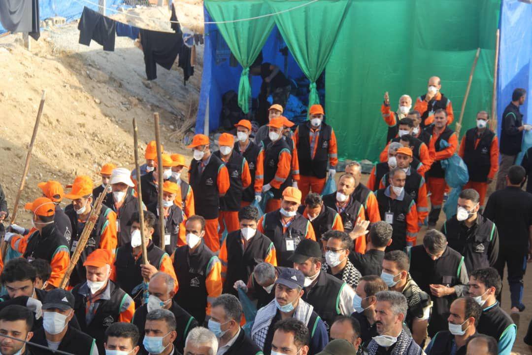 پاکسازی ورودی کربلا با حضور گسترده نیروهای شهرداری رشت+ گزارش تصویری