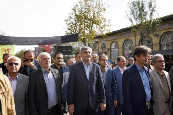 ۱۳ آبان نماد اتحاد ملت ایران است