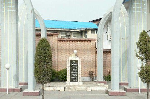 مراسم ادای احترام به شهدای مشروطه همزمان با یکصد و هفتمین سالگرد اعدام مشروطه خواهان گیلان برگزار می شود