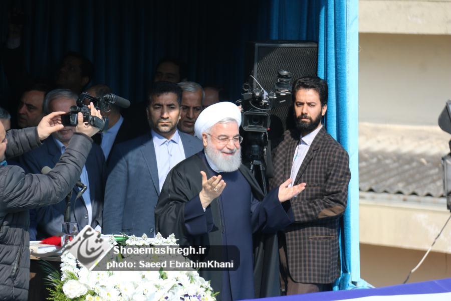 رئیس جمهور درجمع گیلانیان حاضر در لاهیجان: برای عملی کردن وعده های دولت به ملت تلاش می شود/اختصاص ۳۰۰ میلیارد تومان جهت رفع مشکل فاضلاب گیلان