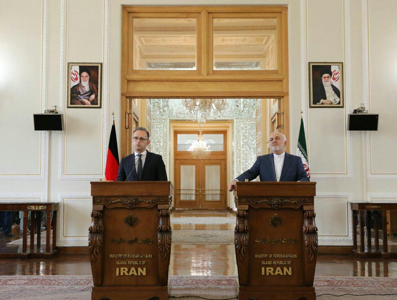 جنگ اقتصادی آمریکا علیه ایران بسیار خطرناک است
