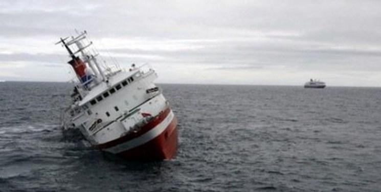 نجات تمام خدمه کشتی غرقشده در دریای خزر