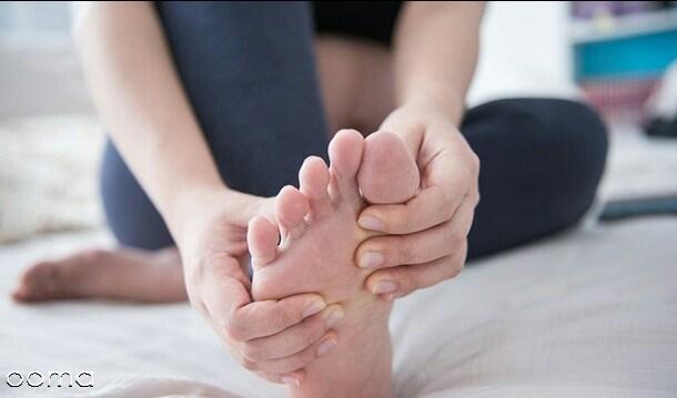 ۶ بیماری که باعث خواب رفتن دست و پا میشوند
