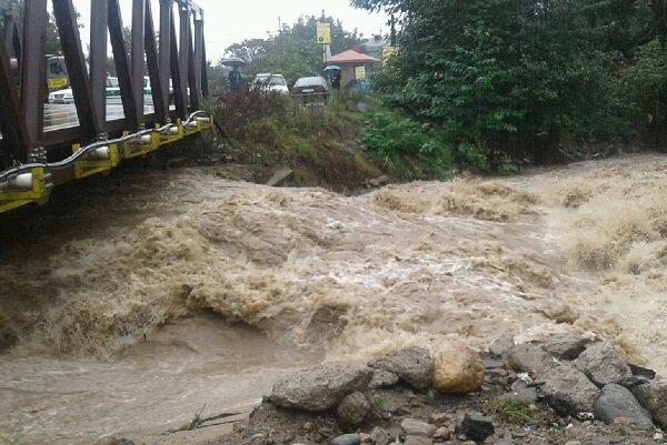 خسارت بارندگی به ۹ شهرستان گیلان/ یک نفر جان باخت