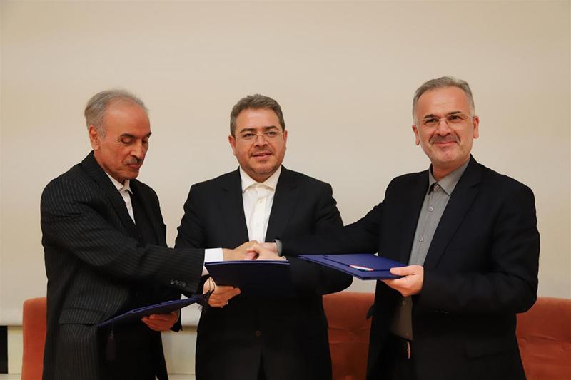 تفاهم نامه همکاری مناطق آزاد ماکو، ارس با منطقه آزاد انزلی به امضا رسید