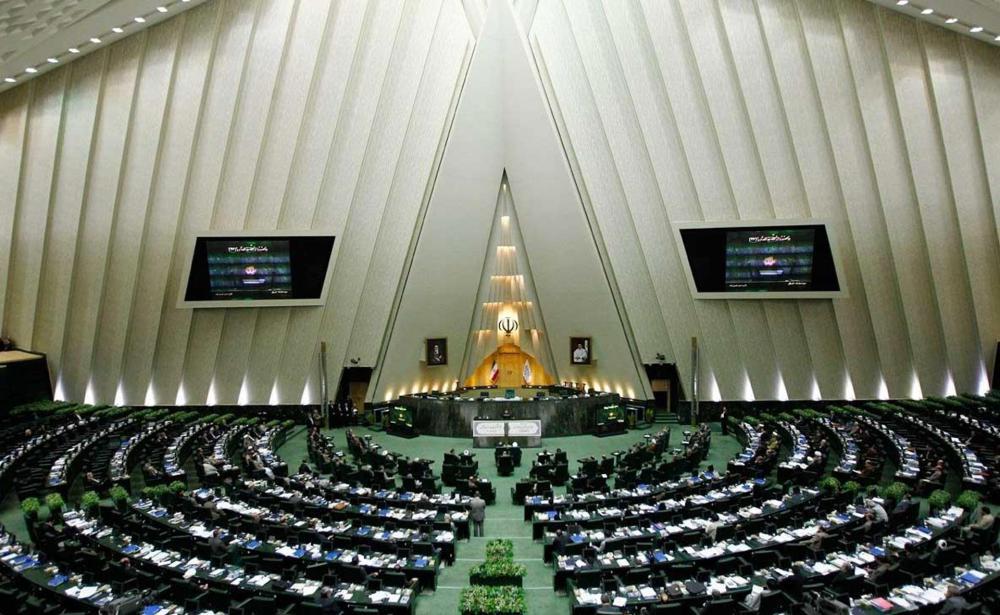 نظرات موافقان و مخالفان وزیر پیشنهادی بهداشت/ عین اللهی: تا پایان بهمن امسال واکسیناسیون کرونا تمام می شود