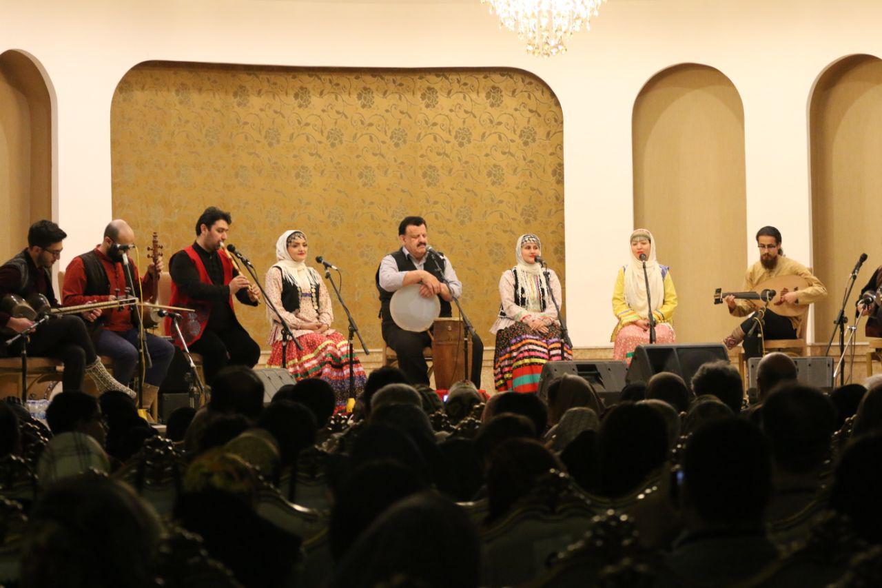 گزارش تصویری کنسرت ناصر وحدتی در هتل شهرزاد لاهیجان