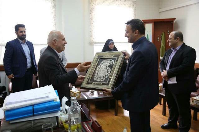 گزارش تصویری دیدار شهردار رشت و اعضای شورای اسلامی شهر با رئیس کل دادگستری استان گیلان