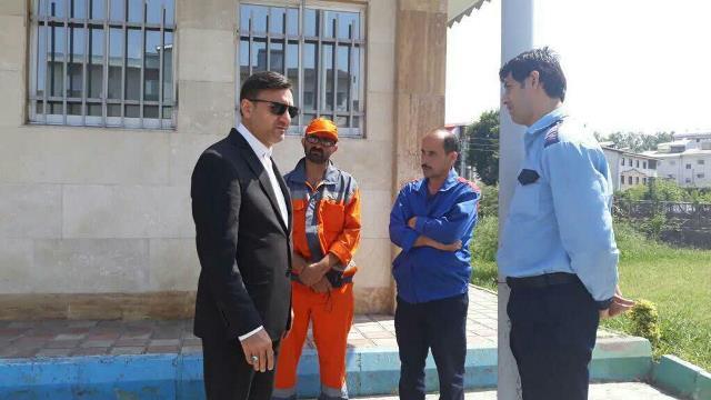 دیدار ناصر حاج محمدی شهردار رشت با کارگران در سطح شهر و بررسی دغدغه های این قشر زحمتکش